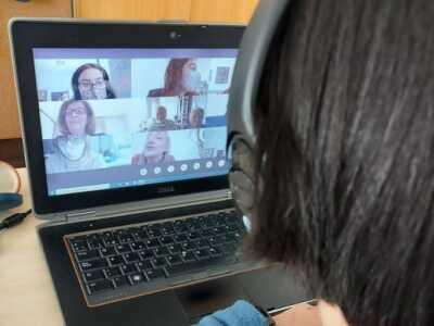 Encuentro de familias: Saltando la brecha digital: Tecnologías emergentes